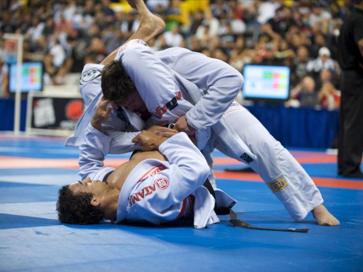 What are the similarities between Jiu-Jitsu and poker?